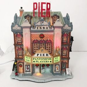 Lemax Pier Theater Plymouth Corners Village New